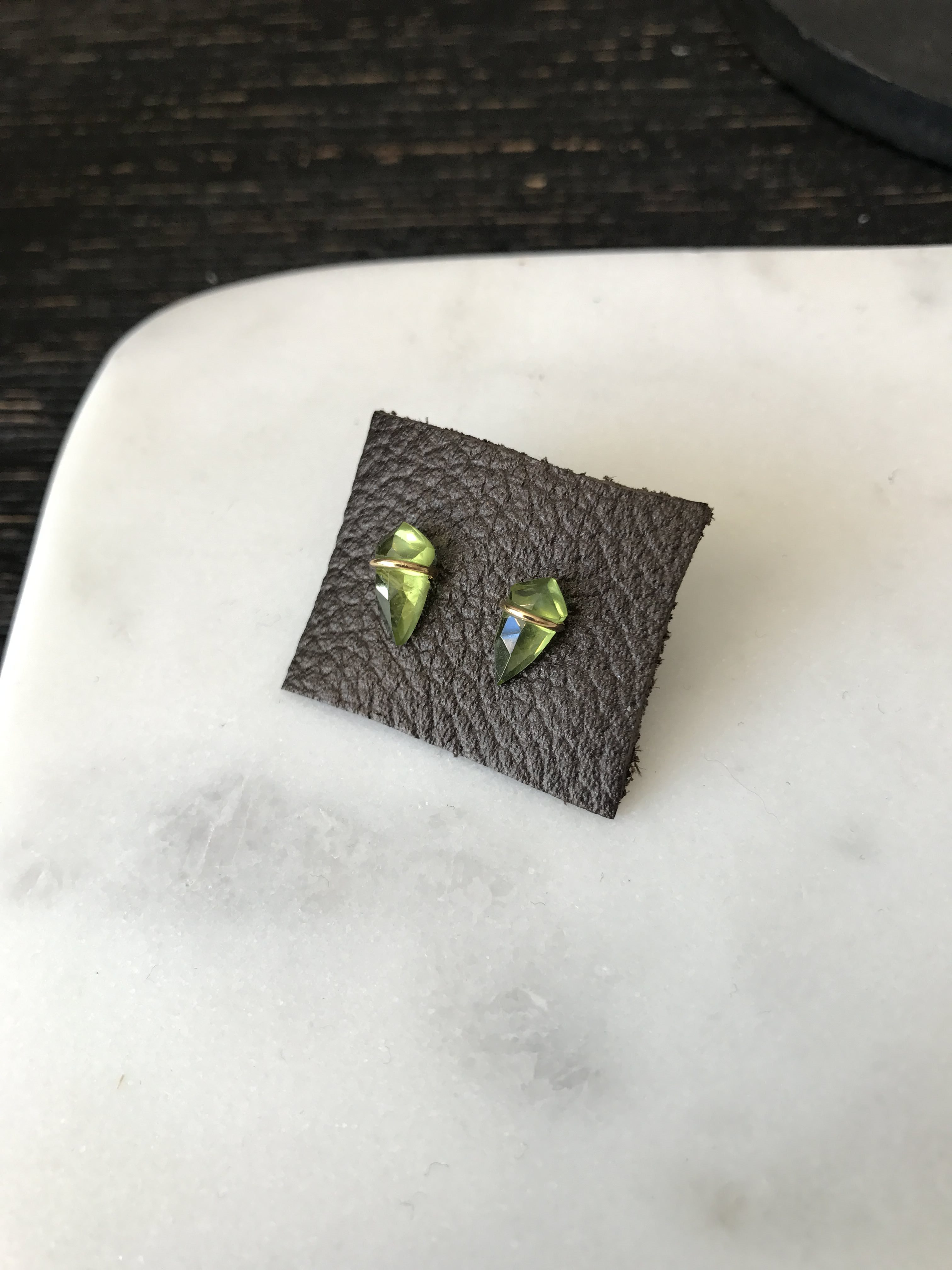 small peridot kite studs