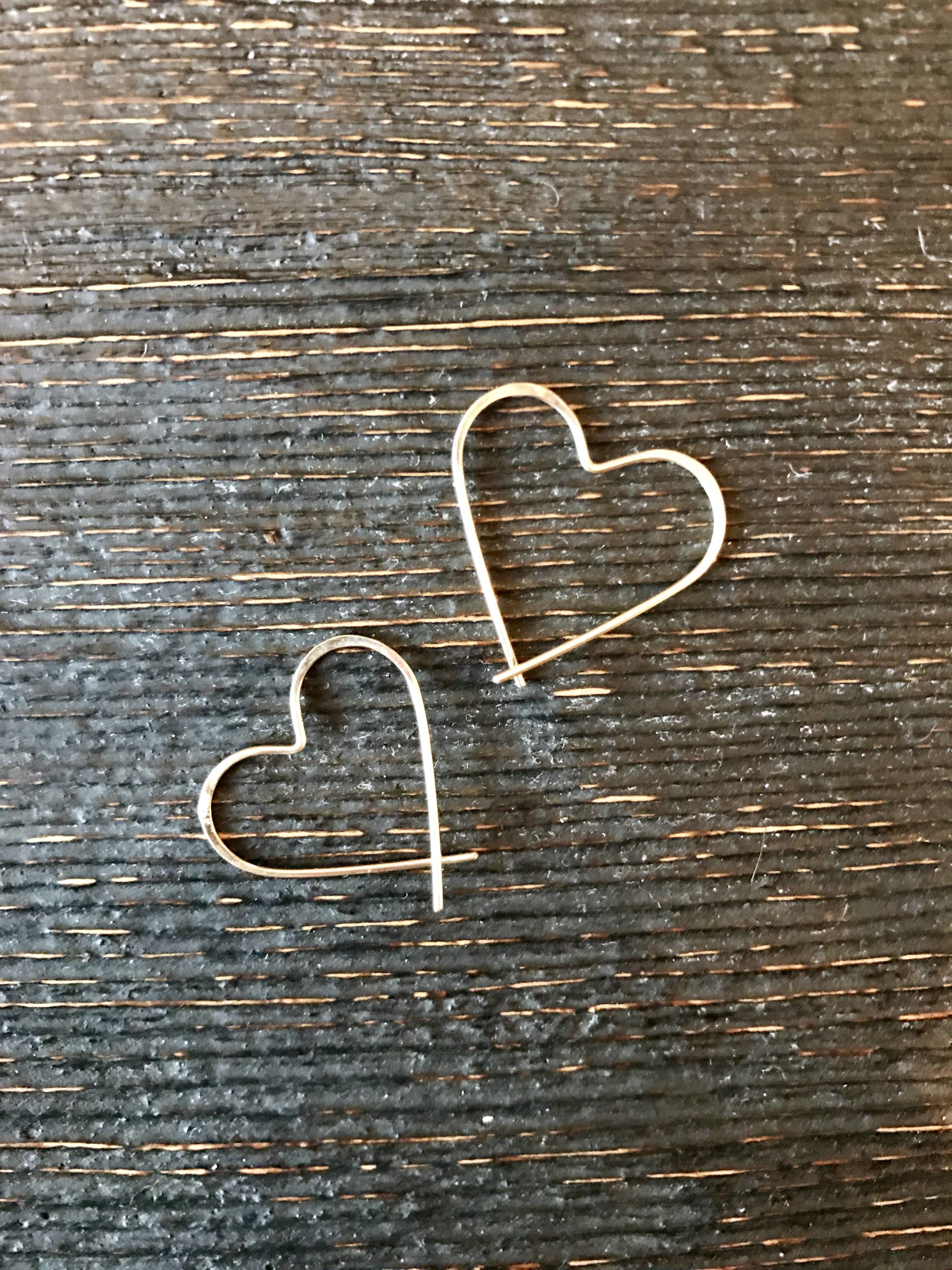 14k heart hoops